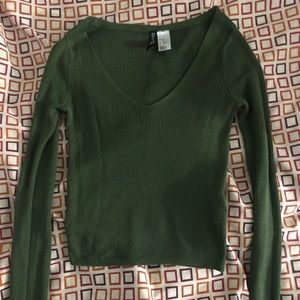 ✨NEW LISTING✨H&M - Green Ribbed Cropped Top